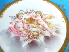 Plate in Sévres porcelain with putto,s, France 1870