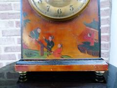 style Electric bulle clock with Chinoisery, France 1940