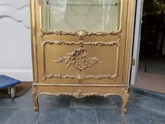 Louis 15 style Gilded displaycabinet in gilded wood, France 1900