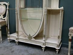 Louis 16 style 8 pieces salonset with a displaycabinet vitrine in painted wood, Belgium 1900