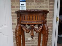 Louis 16 style Pedestal in carved wallnut, France 1900