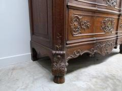 Rengénce style Chest of drawers in carved oak, Belgium,Liége 1850